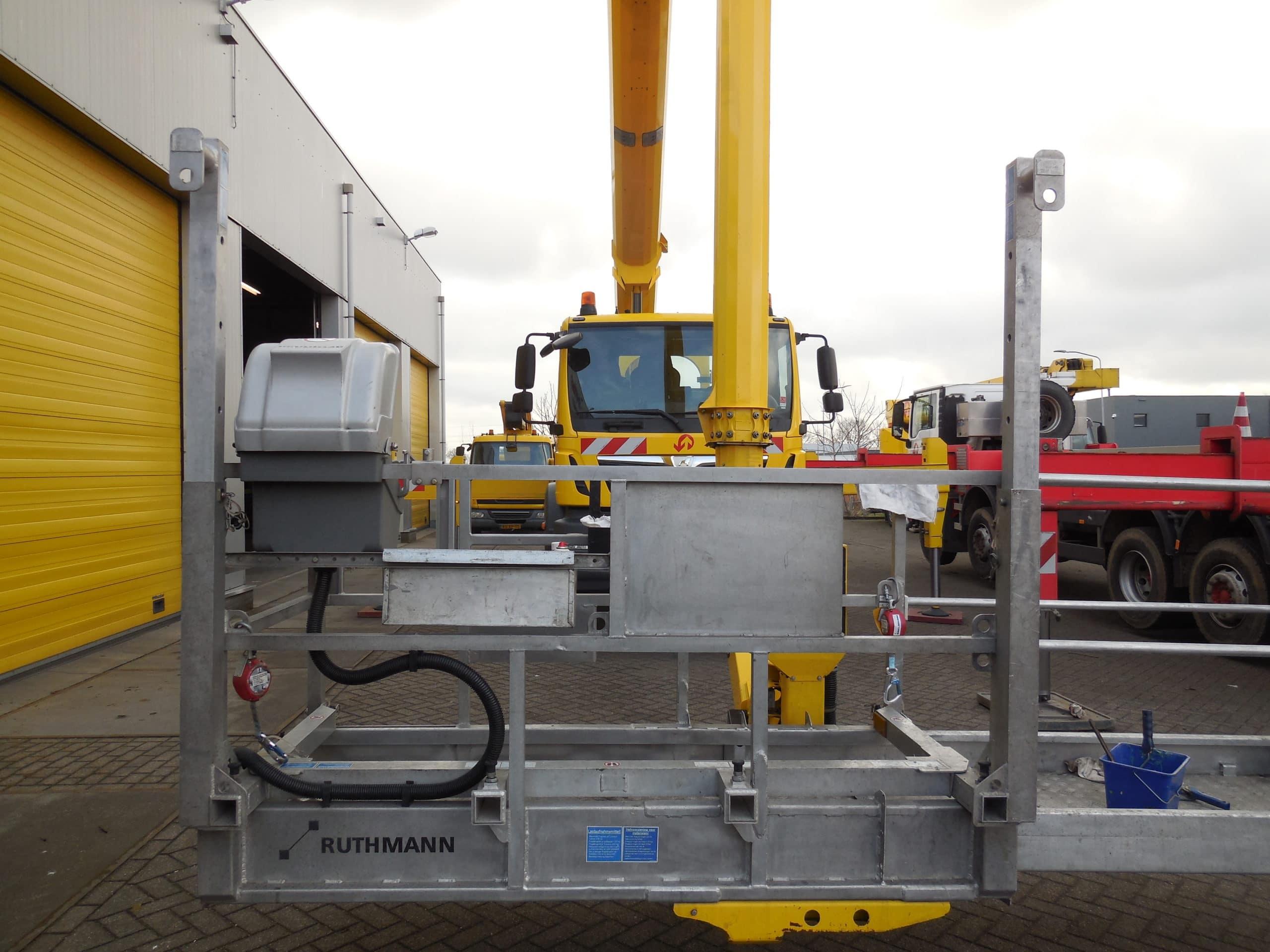 Lift-up systeem tot 600 kg buiten de gondel (6)